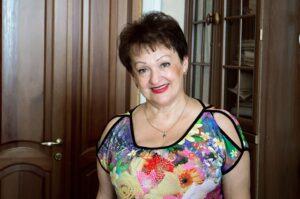 Антонова Елена Анисимовна