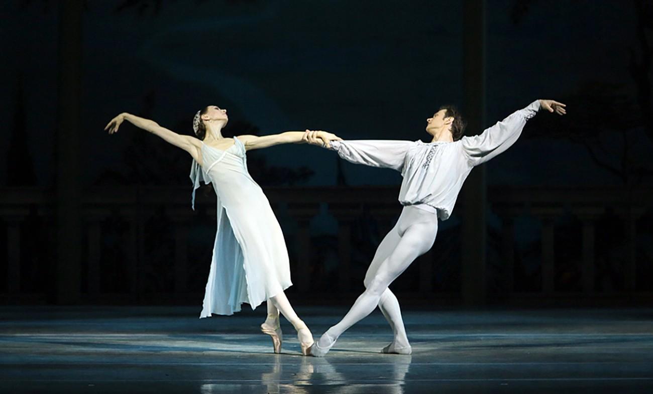 11 января. Премьера балета Сергея Прокофьева «Ромео и Джульетта».